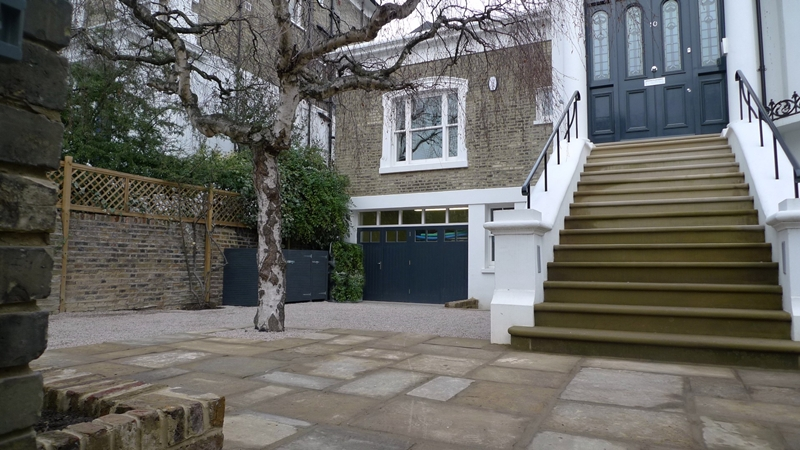 limestone-chipping-driveway-bin-cupboard-yorkstone-paving-london-belsize-park.JPG
