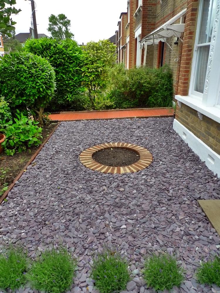 Quarry Tile Front Path London - London Garden Design