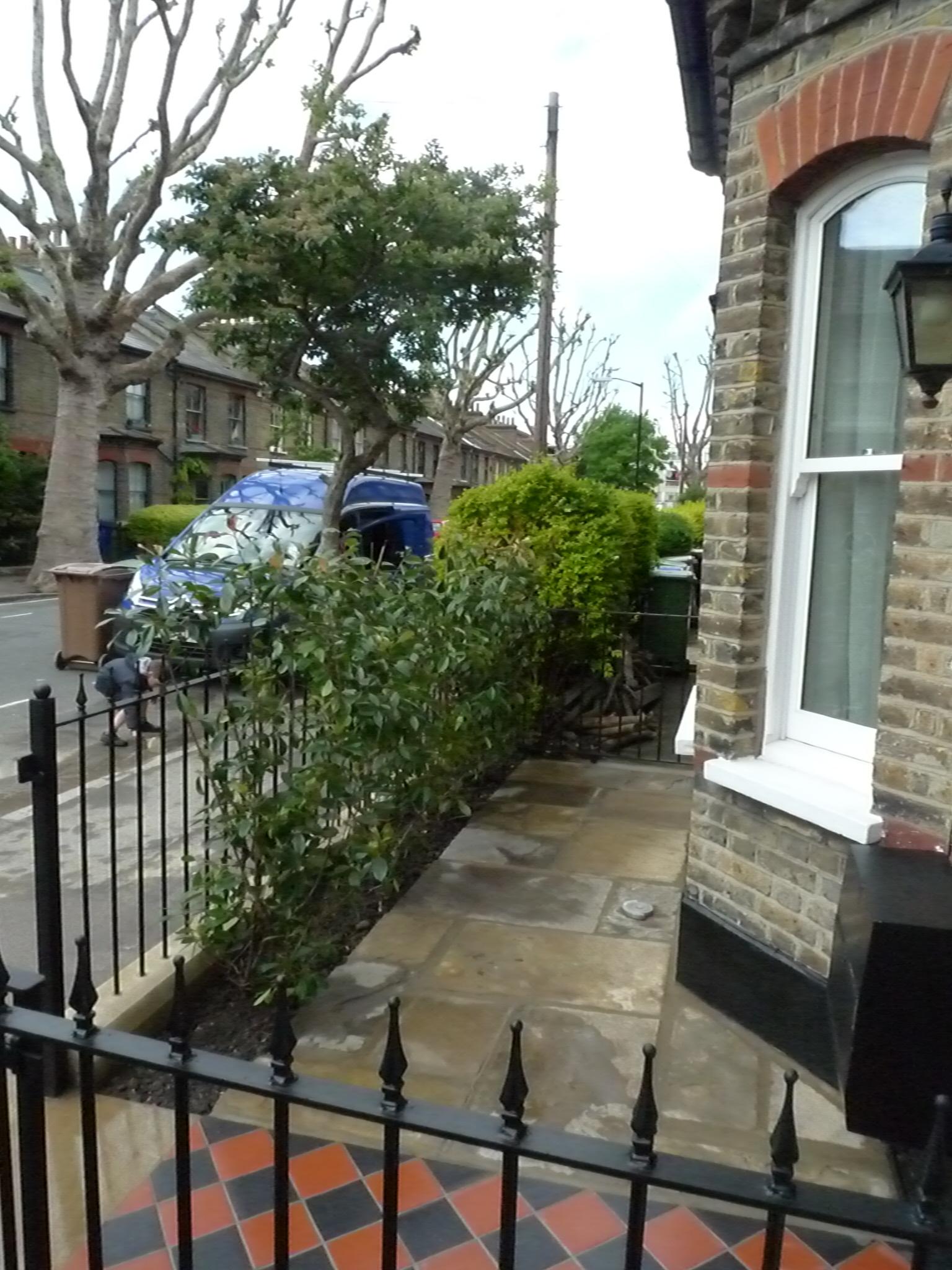 York stone patio and reclaimed Yorkstone - London Garden ...