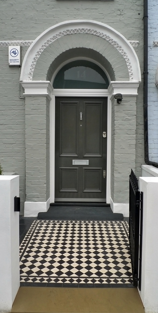black-and-white-victorian-mosaic-tiles-path-with-iron-gate-slate-tiles-and-yorkstone-entrance-stone.JPG