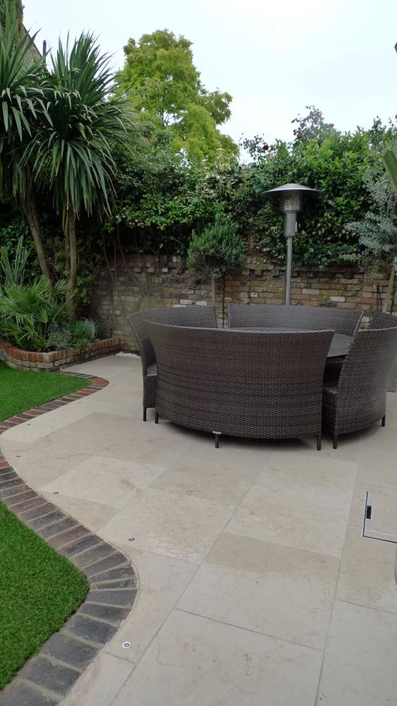 curved-molianos-limestone-paving-patio-london.JPG