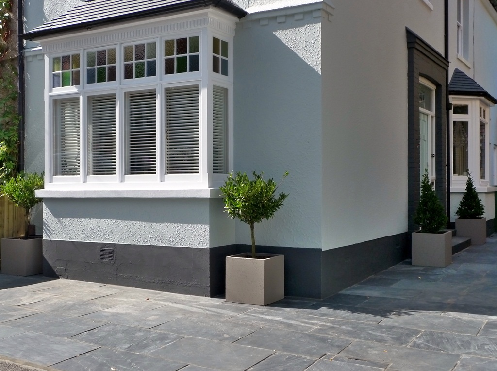 slate-paving-patio-garden-entrance-and-drive-way-parking-design-and-build-london.JPG