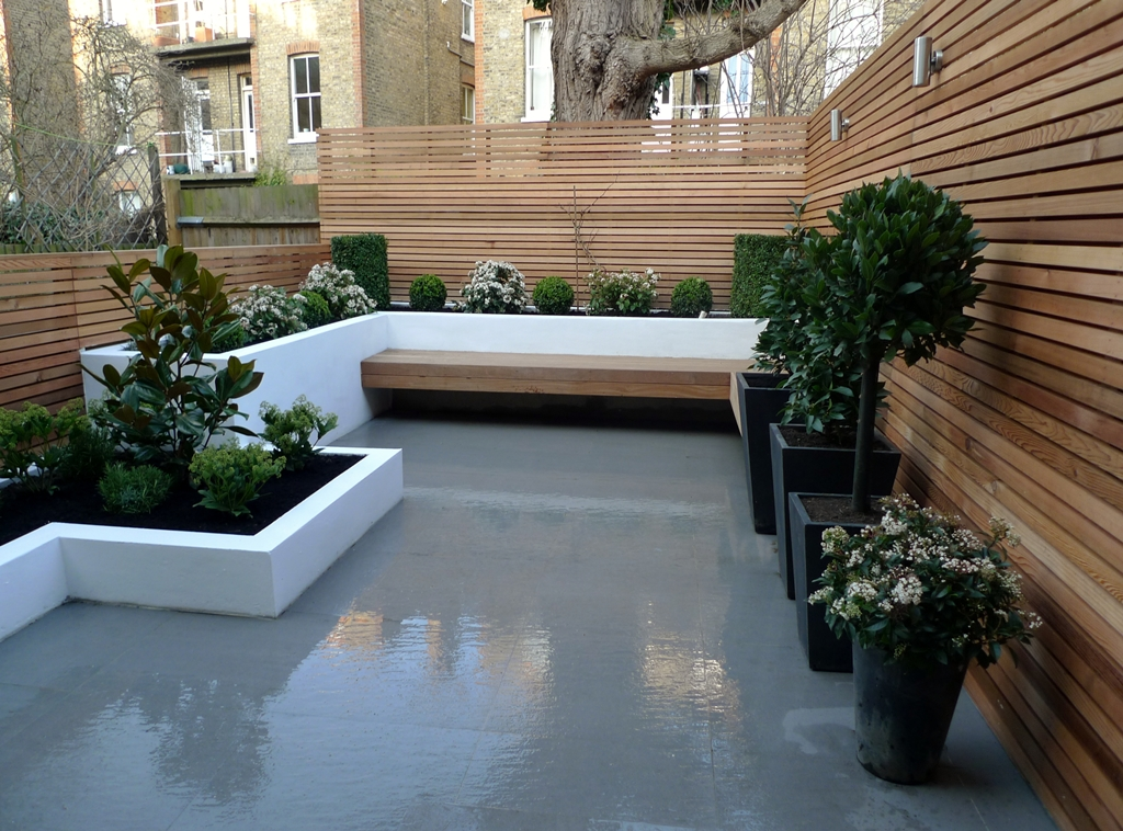 Modern london town garden london garden design for Garden paving designs