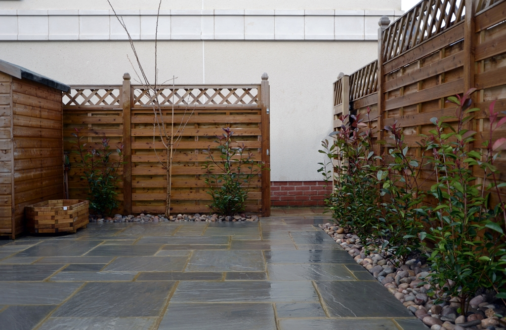 tumbled-grey-indian-sandstone-paving-pation-installation-london.JPG