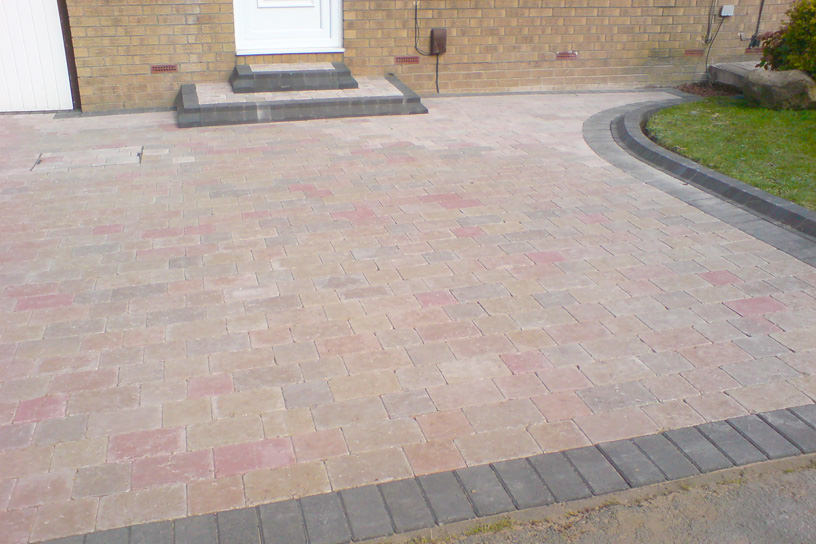 Driveway london garden design for Paved front garden designs