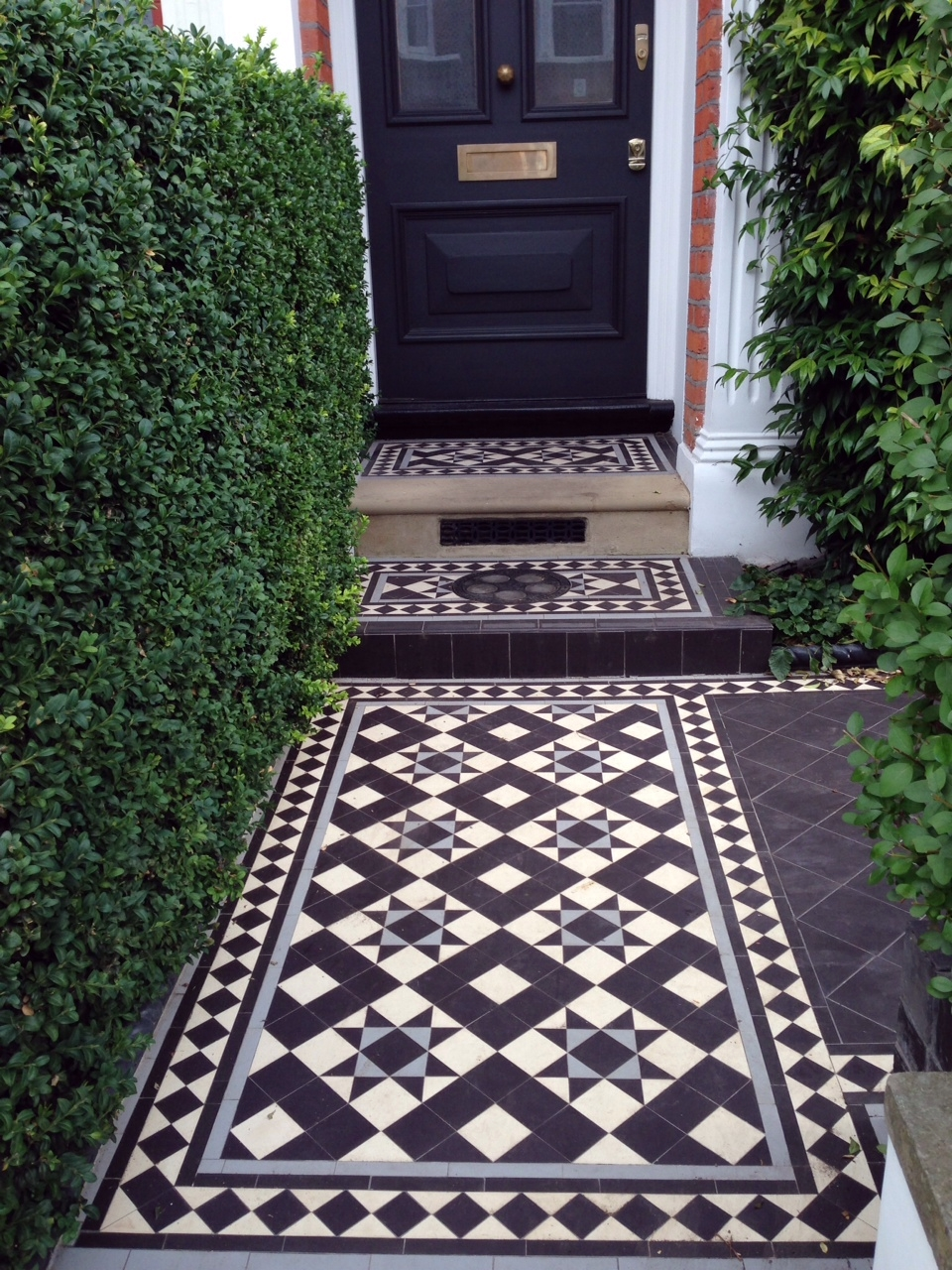 Victorian And Edwardian Mosaic Tile Path London London