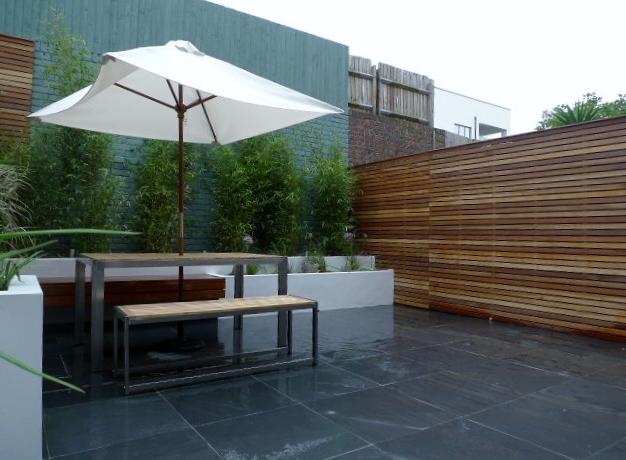 hardwood slatted trellis privacy screen courtyard garden london