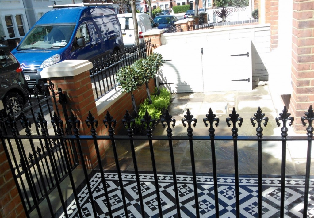 black and white victorian mosaic tile path red brick garden wall wrought iron rail and gate bespoke bin store london (6)