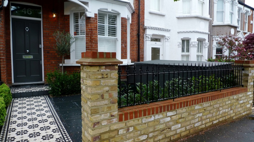 Slate london garden design for Victorian garden walls designs
