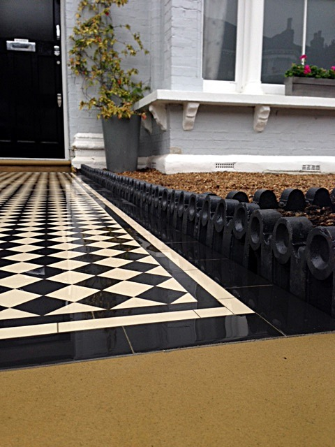 balham black and white victorian mosaic tile path sandstone paving yellow brick london wall and imperial metal iron gate (1)