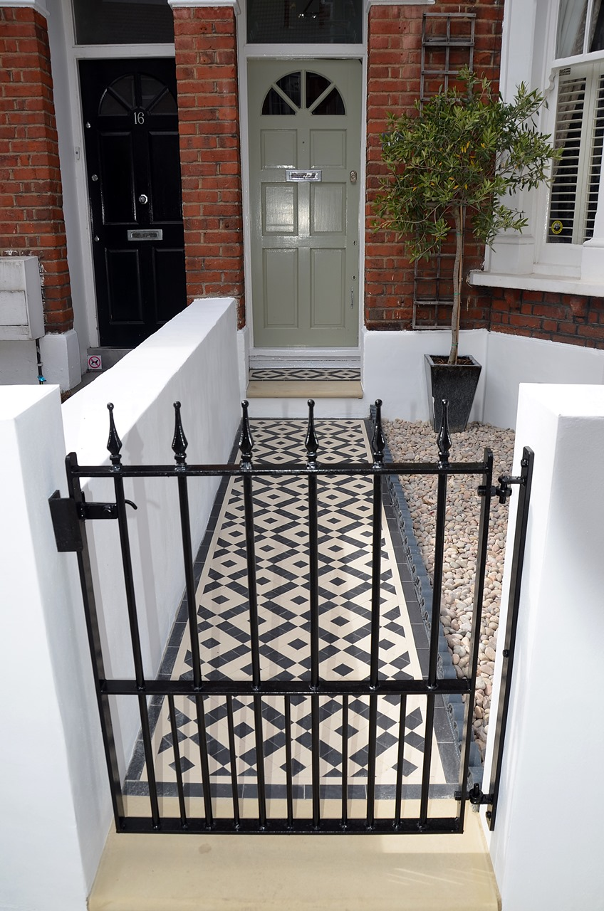 ... Front Garden Wall Painted White Metal Wrought Iron Rail And Gate  Victorian Mosaic Tile Path In ...