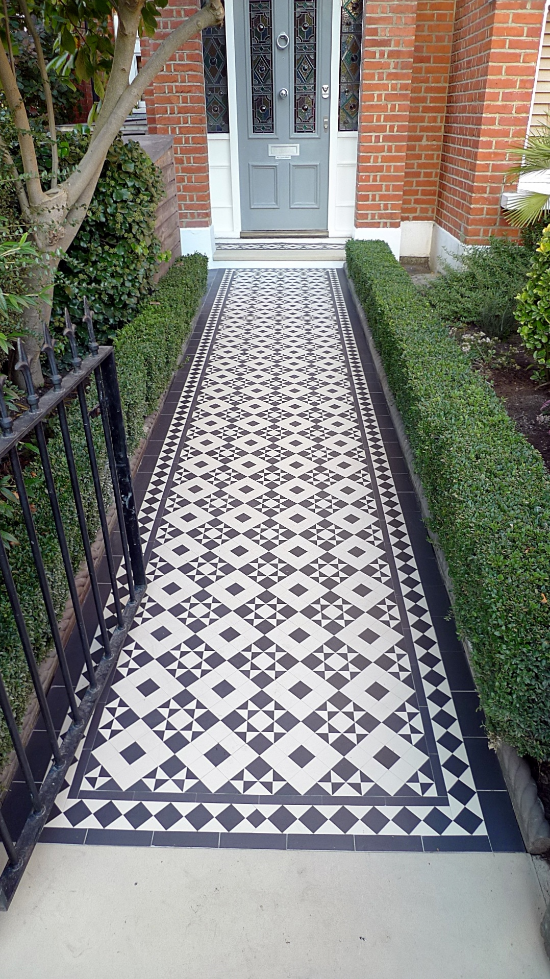 Battersea Victorian Mosaic Tile Path on patio design ideas pictures tile