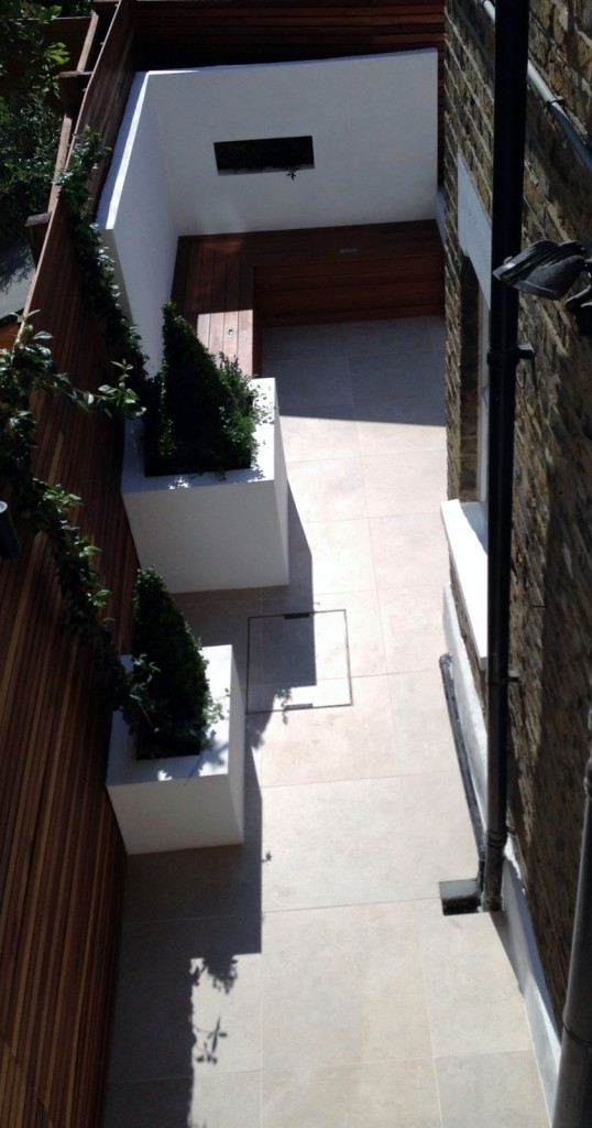 small garden design london clapham balham ideas low maintenance grey tiles (5)