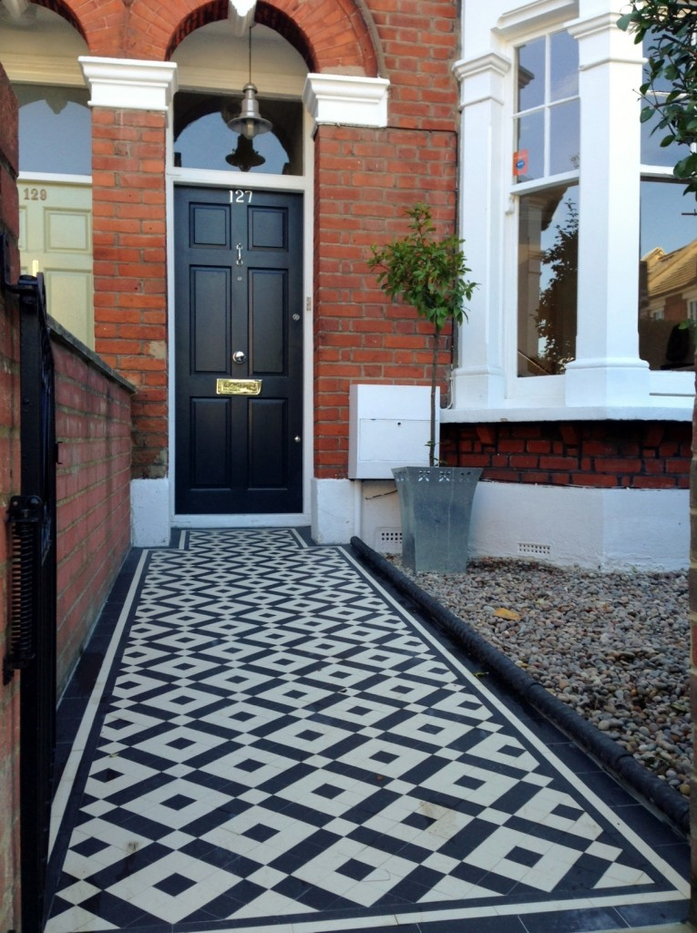 black and white victorian mosaic tile path balham york stone london (2)