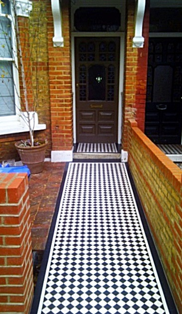 London yellow and red brick wall garden wall victorian black and white mosaic tile path kensal rise kilburn notting hill london (4)