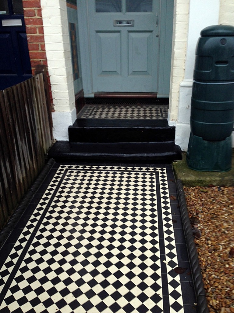 balham wandsworth victorian black and white mosaic tile path London (3)