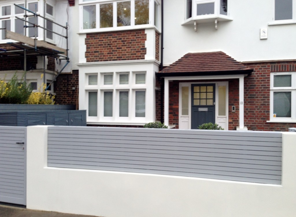 driveway car space paving granite bike bin store white wall grey privacy screen trellis automated gates balham clapham dulwich london (27)