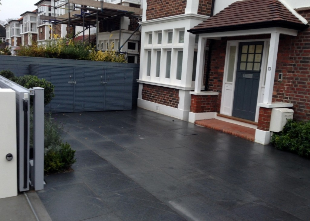 driveway car space paving granite bike bin store white wall grey privacy screen trellis automated gates balham clapham dulwich london (3)