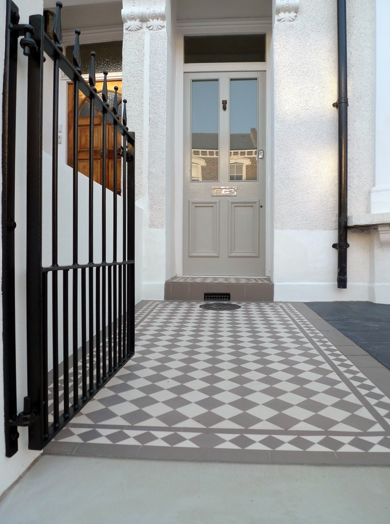 grey and white victorian mosaic tile path rail gate wall bespoke bike bin store slate paving charcoal dark dulwich peckham london (25)