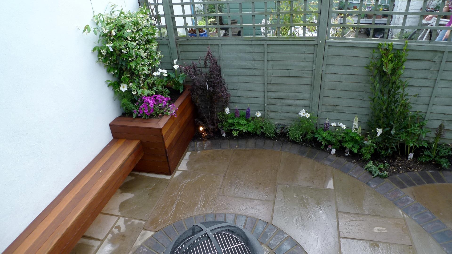 Islington Garden Design And Designer Modern Garden Curved Paving