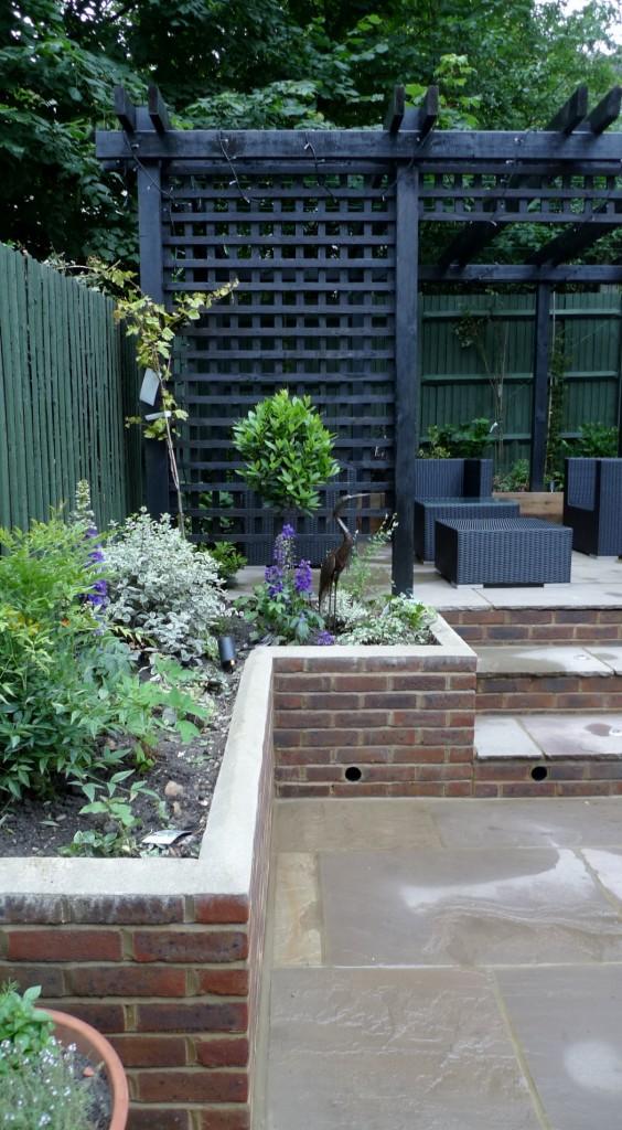 garden walls pergola paving steps planting design designer streatham dulwich clapham london (12)