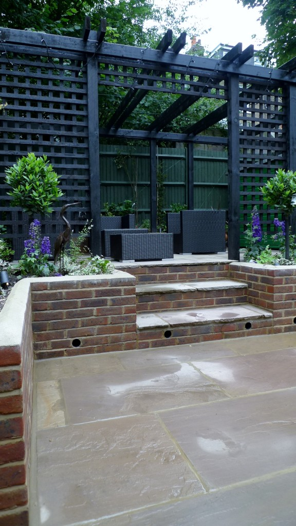 garden walls pergola paving steps planting design designer streatham dulwich clapham london (22)
