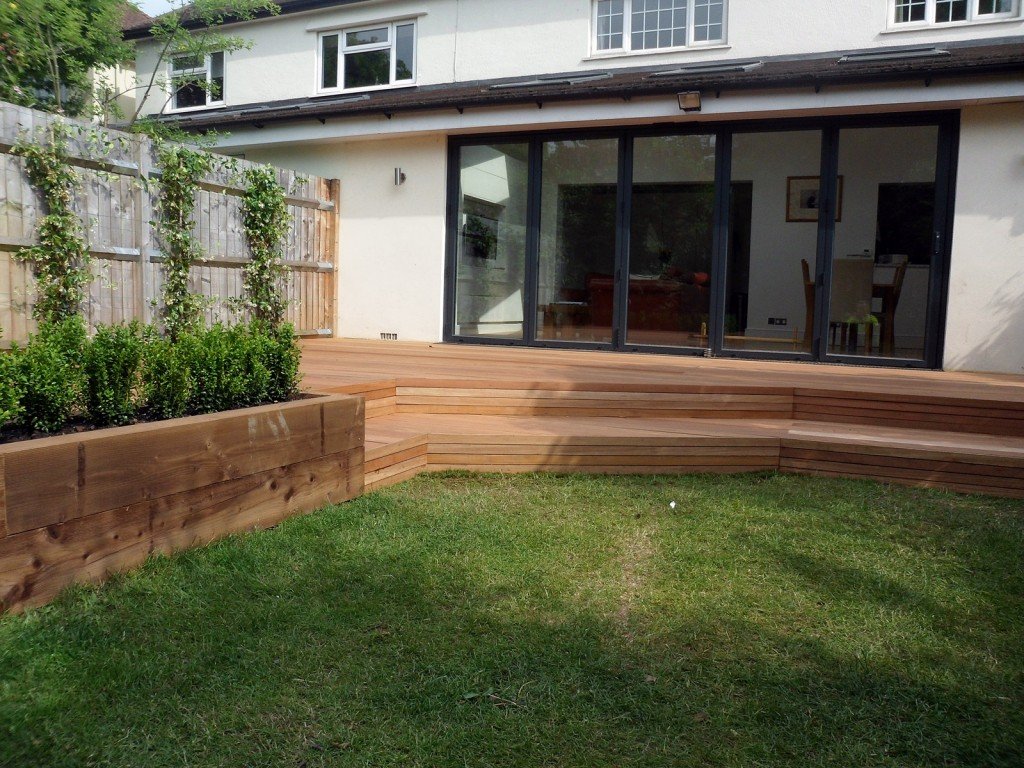 hardwood decking deck installation design designers clapham wandsworth tooting London (4)