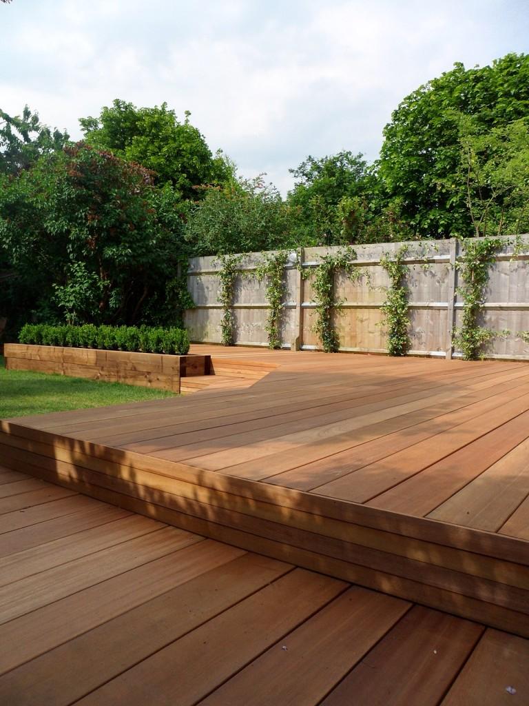 hardwood decking deck installation design designers clapham wandsworth tooting London