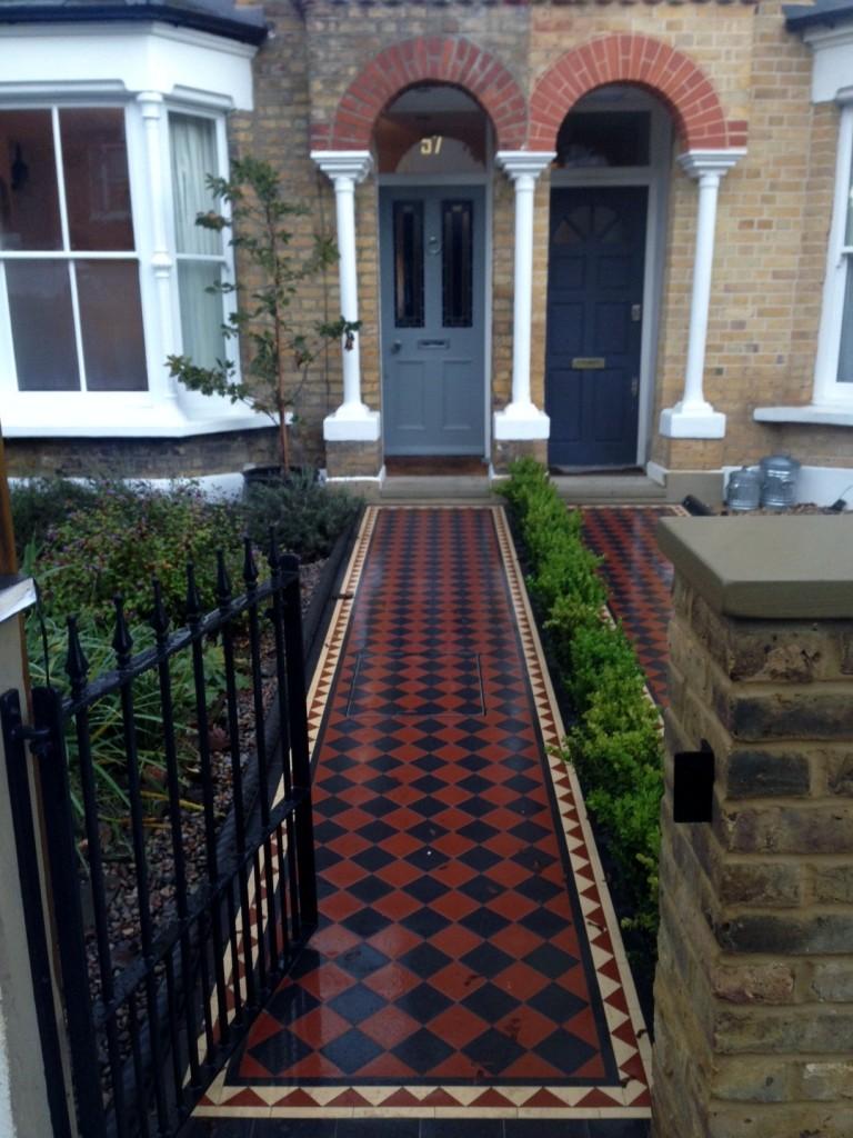 victroian front garden mosaic tile path