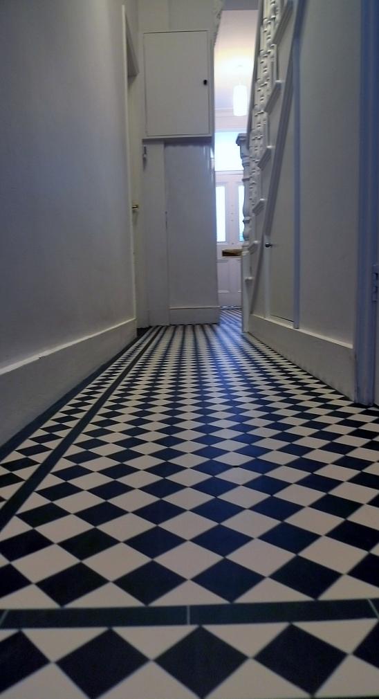 victroian hallway mosaic tile design