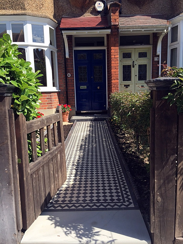 victorian black and white mosaic tile path 2 inch tile 50mm with zig zag border clapham dulwich balham battersea putney tooting front garden company london