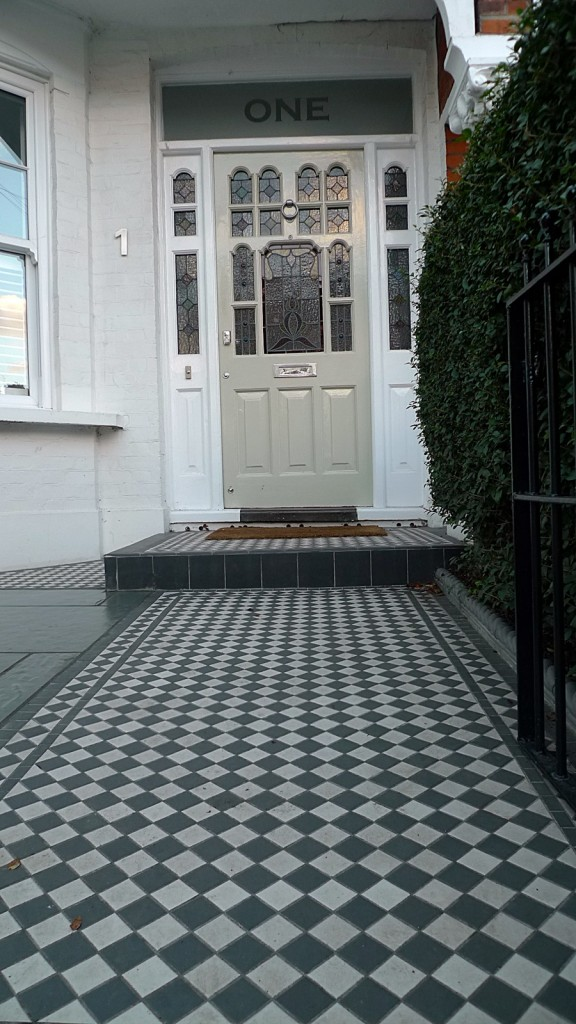 victorian front garden black and white mosaic tile path with salte paving earlsfield wandsworth clapham dulwich balham london