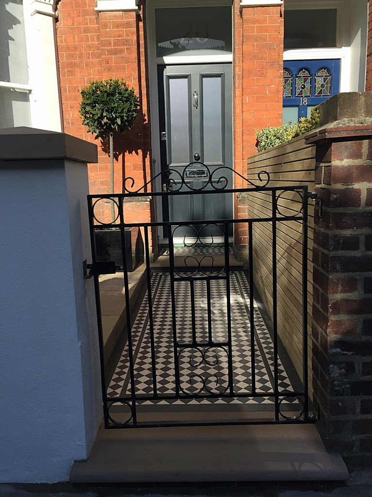 Caping metal rail London Chelsea Putney Victorian mosaic planting York stone entrance stone