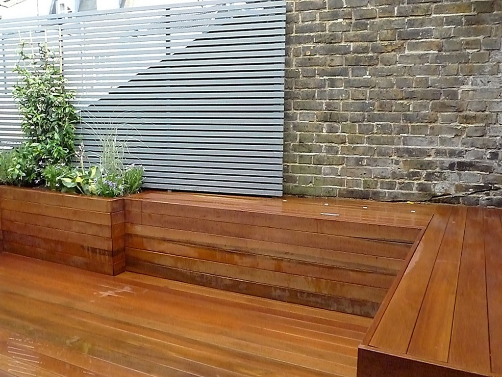 Floating bench brick garden wall planting Balham Clapham Battersea