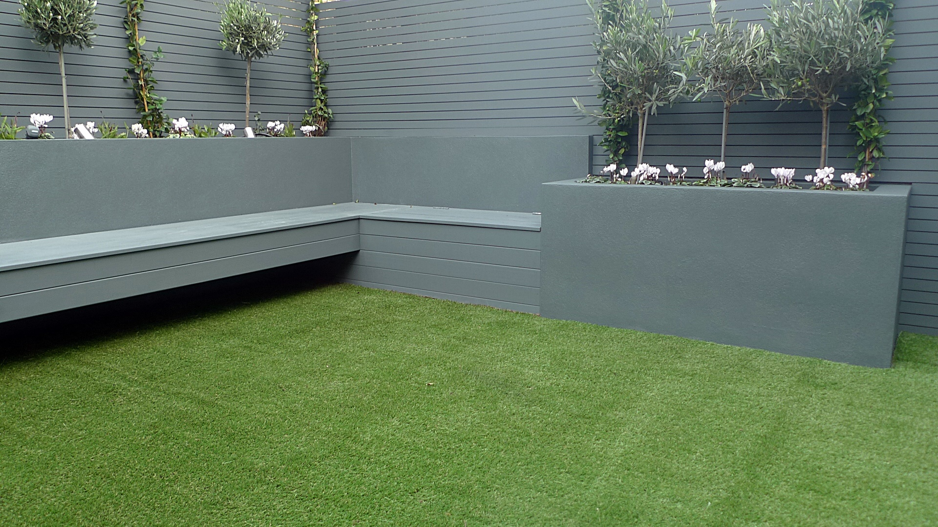 fake grass on shed roof - Google Search | Home Inspiration ...