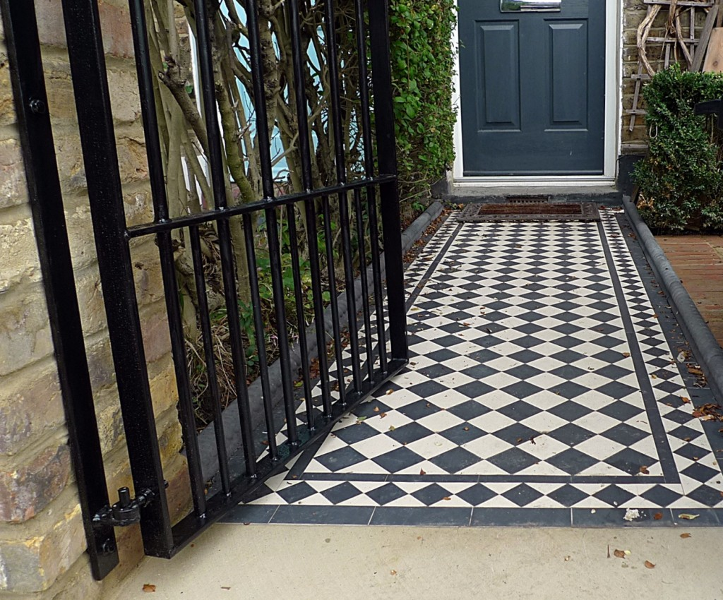 ornamental stone victorian mosaic black and white metal rail metal gate Balham Clapham Batterse Dulwich London