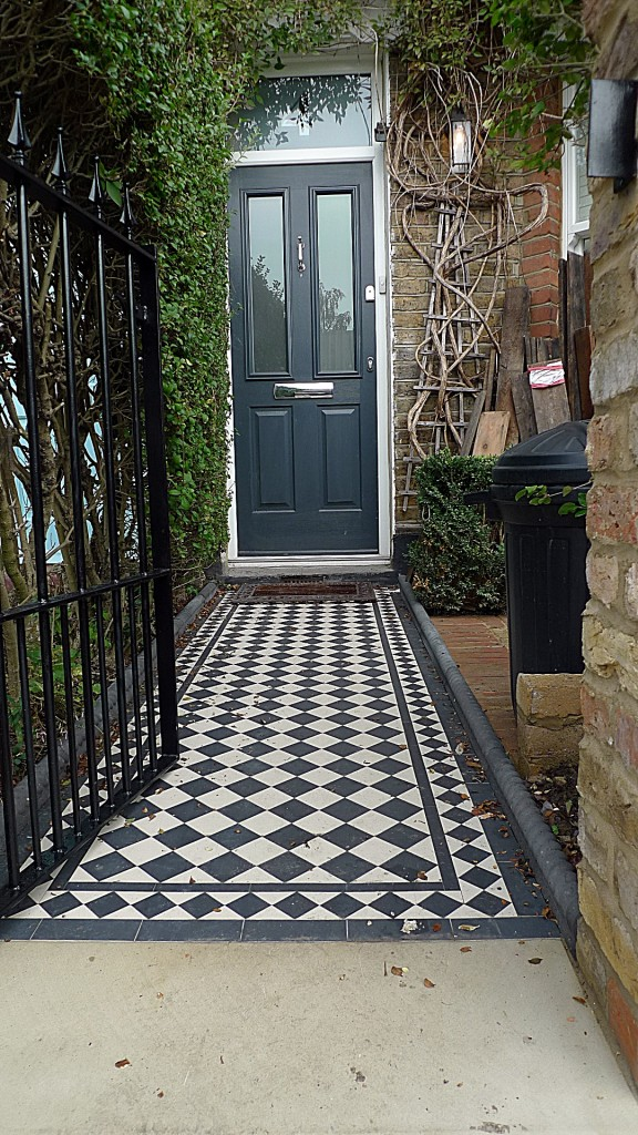 ornamental stone victorian mosaic black and white  metal rail metal gate Balham Clapham Battersea Dulwich London