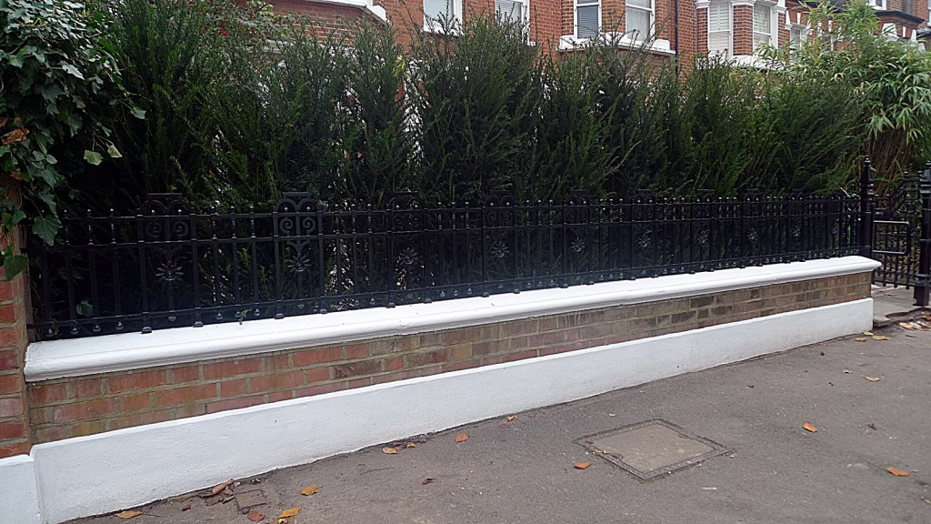 Wandsworth Clapham metal rail  brick garden wall raised wall Balham London