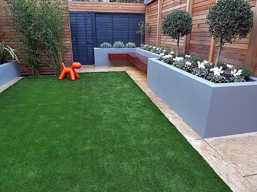 Fake grass trellis grey walls cedar screen topiary raised beds tile Fulham Chelsea Clapham London