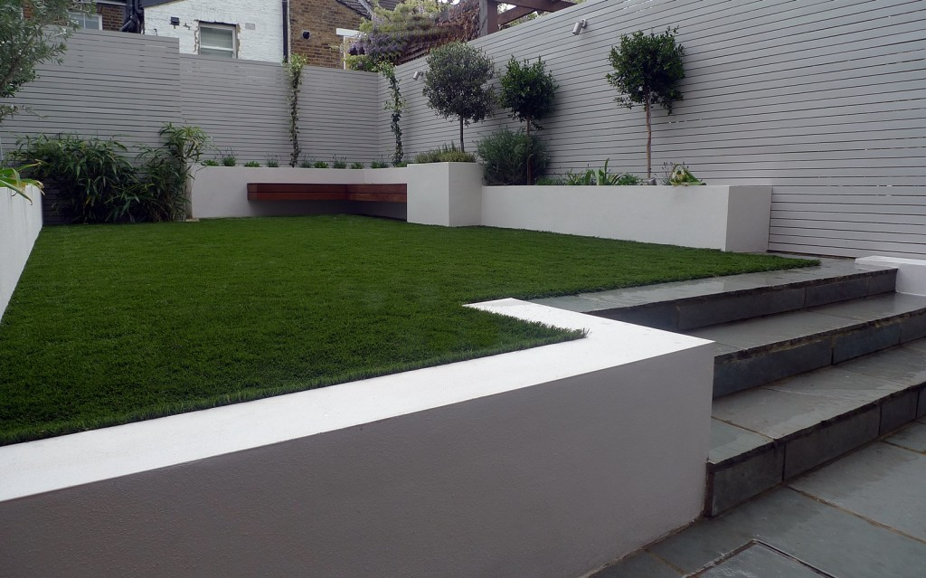 Easi grass painted fences modern garden design Fulham Chelsea Kensington Westminster Mayfair