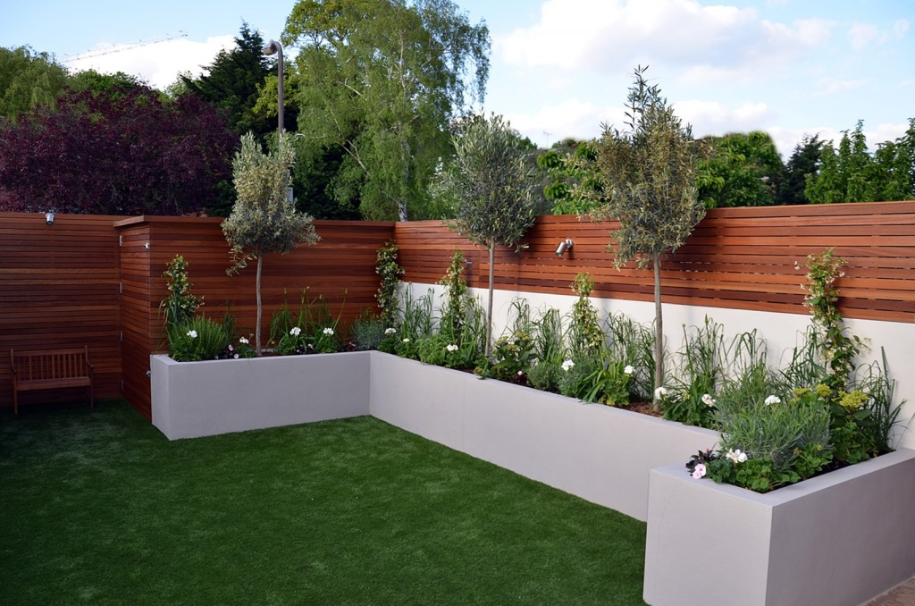 Privacy screen hardwood raised bed planting lighting fake grass Fulham Chelsea Kensington London