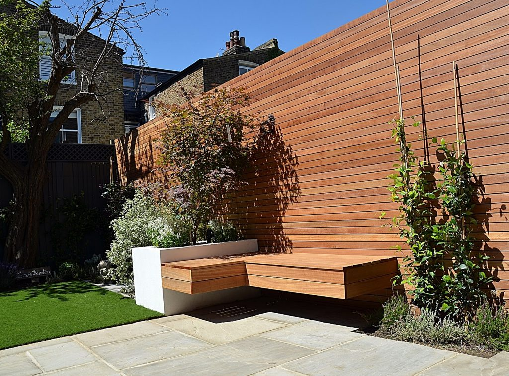 Courtyard small London garden Clapham Battersea Balham Straetham