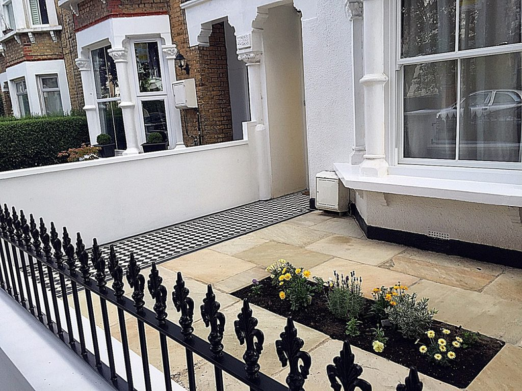 Metal gate rails path tile paving planting London Fulham Chelsea Wandsworth