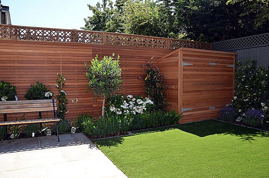 Planting hardwood bespoke storage bike fake grass paving privacy screen London Fulham Chelsea Kensington
