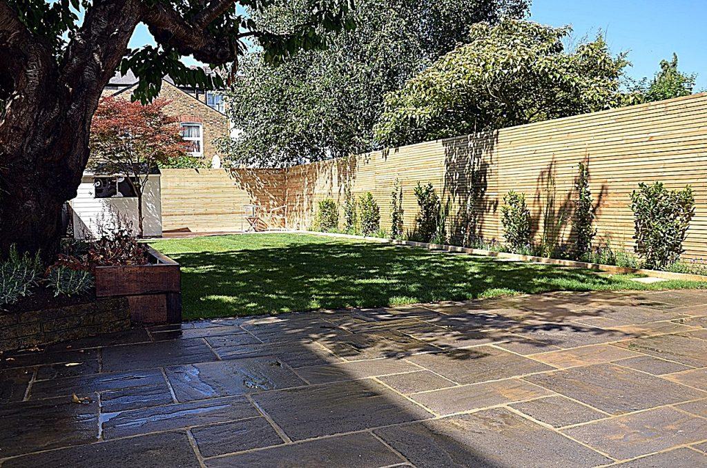 Small courtyard garden Clapham Battersea Balham Stretahm