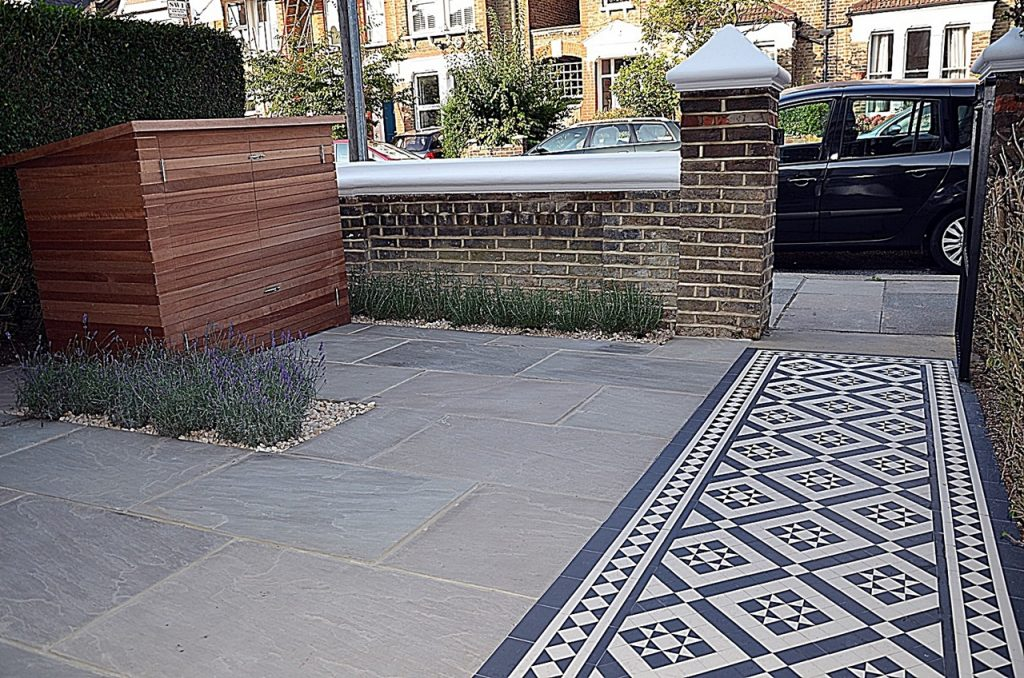Path slate paving tile brick wall storage wood bin London Fulham Chelsea Wandsworth