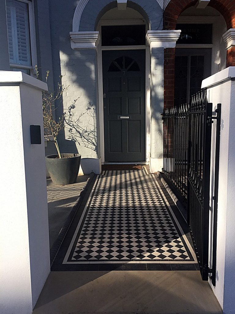 path-tile-victorian-black-and-white-mosaic-clapham-wandsworth-balham-earsfield-london