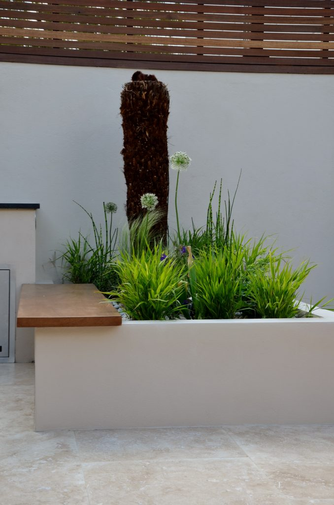 Modern garden design outdoor room with kitchen seating for Outdoor rooms uk