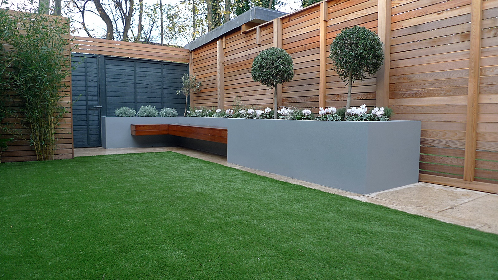 Modern garden design small london cedar screen grey raised for Small modern garden