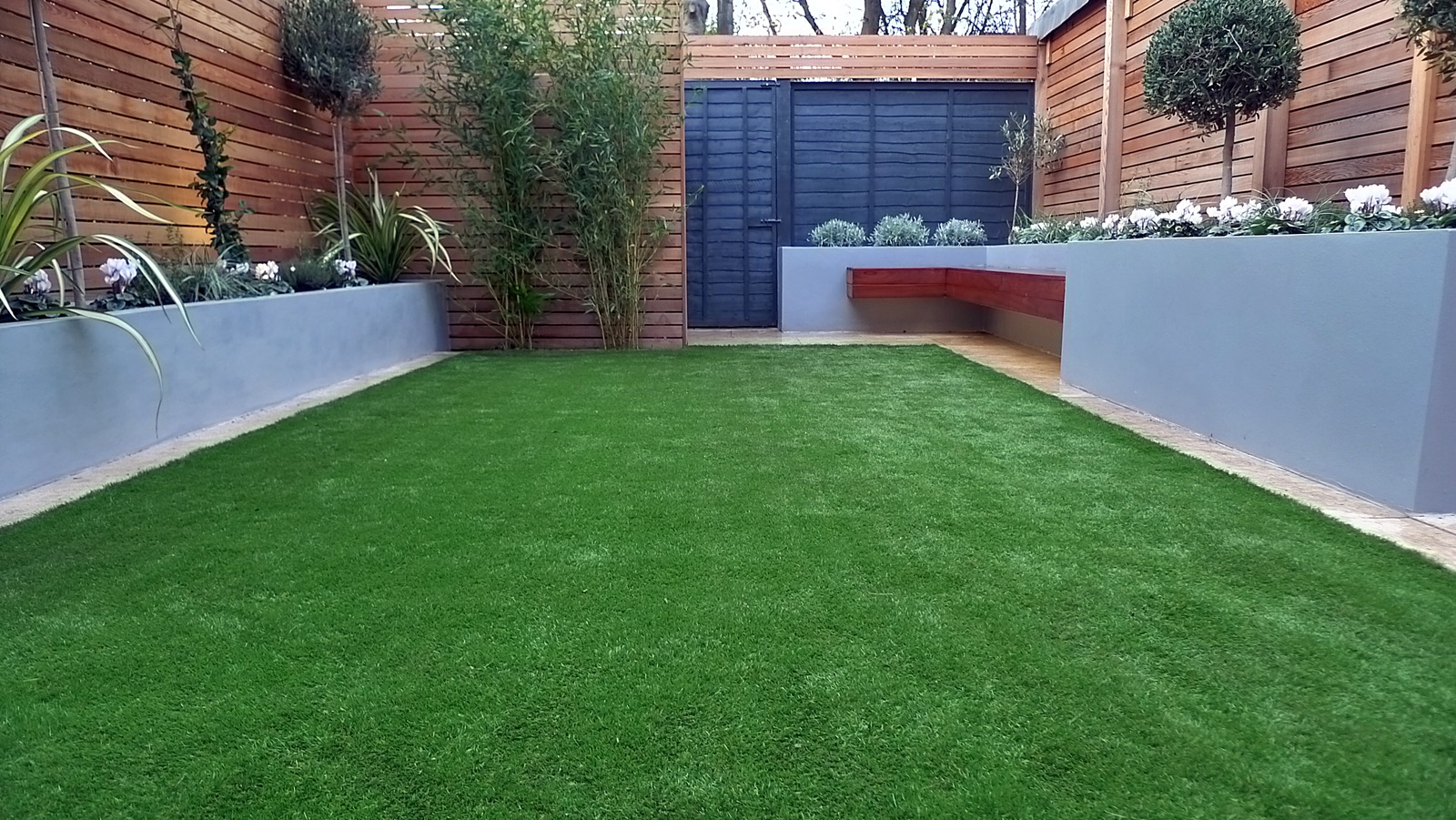 modern garden design small london cedar screen grey raised ...